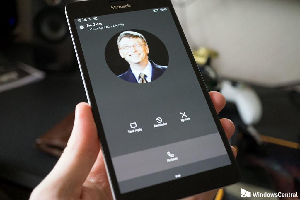 Phoney+: Ứng dụng UWP giúp bạn có thể nhận được cuộc gọi đến từ những người nổi tiếng bất cứ ở đâu và bất kỳ thời điểm nào.