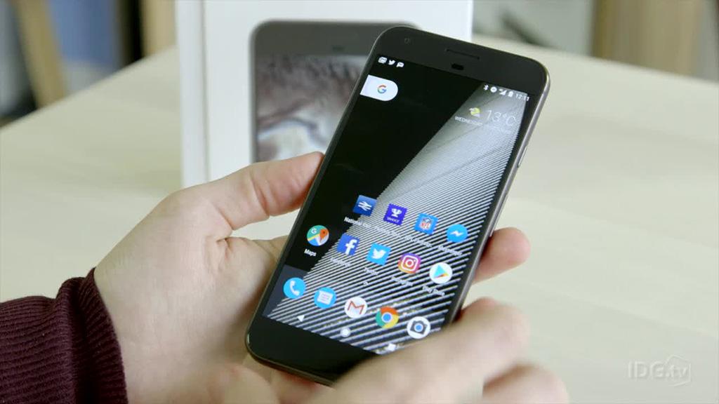 Chia sẻ bộ hình nền mặc định của Google Pixel 2/Pixel 2 XL, mời anh em tải về