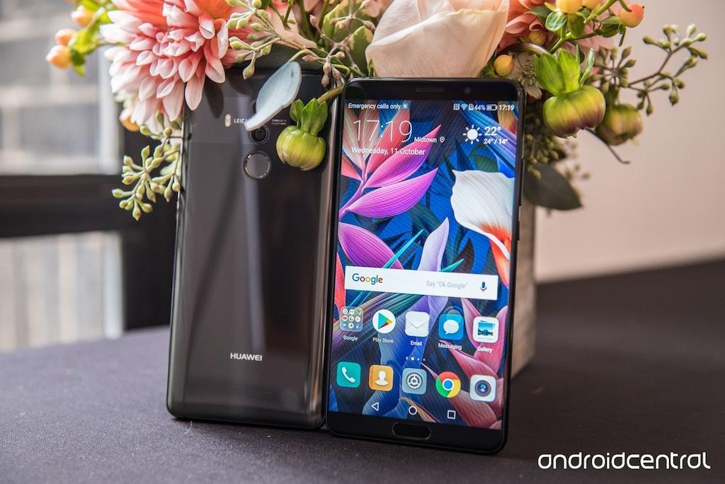 Cận cảnh 2 chiếc smartphone mới nhất của Huawei: Huawei Mate 10 và Mate 10 Pro