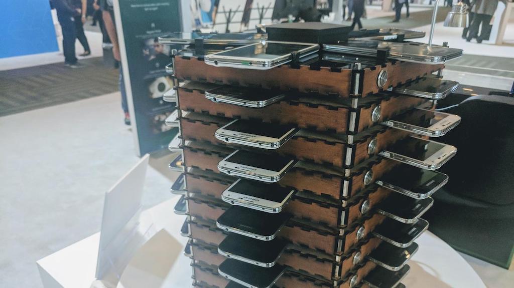 Samsung xây dựng hệ thống khai thác Bitcoin từ 40 chiếc Galaxy S5 cũ