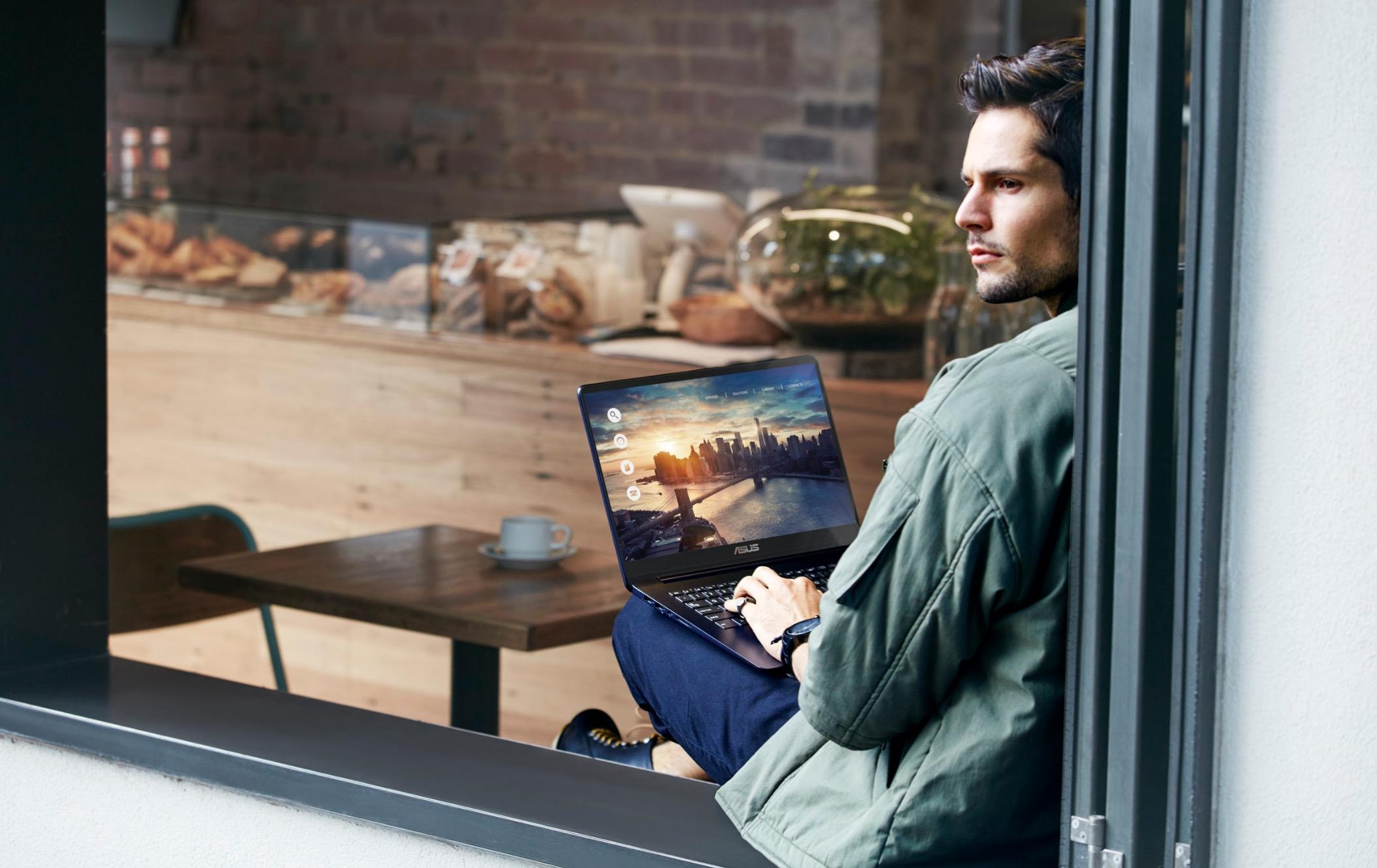ASUS ZenBook UX430 ra mắt phiên bản Gold với sức mạnh xử lý & đồ họa MX150 mới, giá từ 22,5 triệu