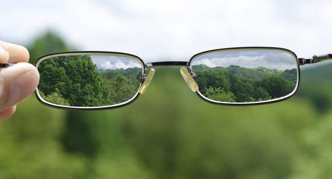 Tật khúc xạ mắt ngày càng gia tăng, đến năm 2050, hơn nửa dân số toàn cầu sẽ bị cận thị