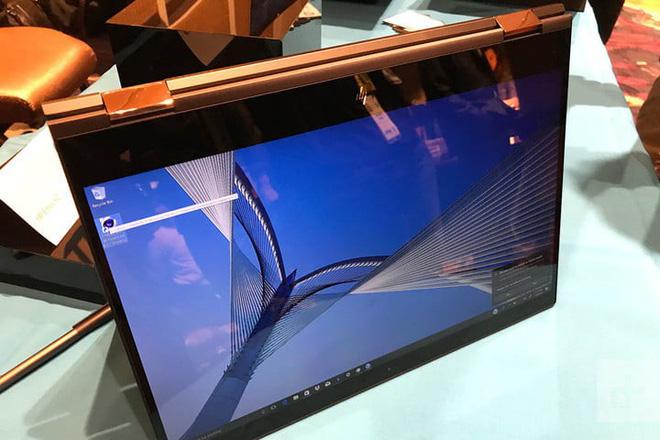 CES 2018: Laptop màn hình OLED vắng bóng tại CES, đây là lý do tại sao