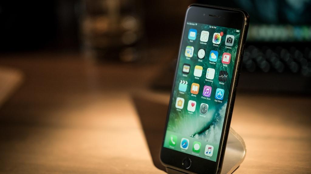 SIM ghép thần thánh Version 4 chính thức bị Apple fix chỉ sau 10 ngày ra mắt