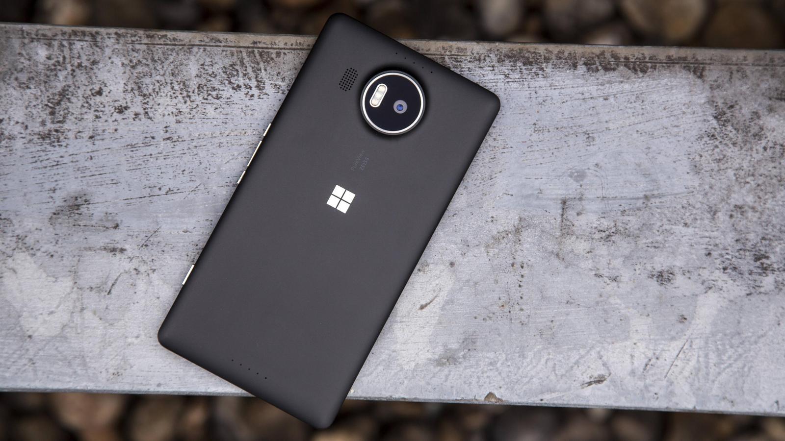 Tin vui cho fan cứng của Windows Phone, ứng dụng Android sẽ sớm chạy được như ứng dụng gốc trên Windows 10 Mobile