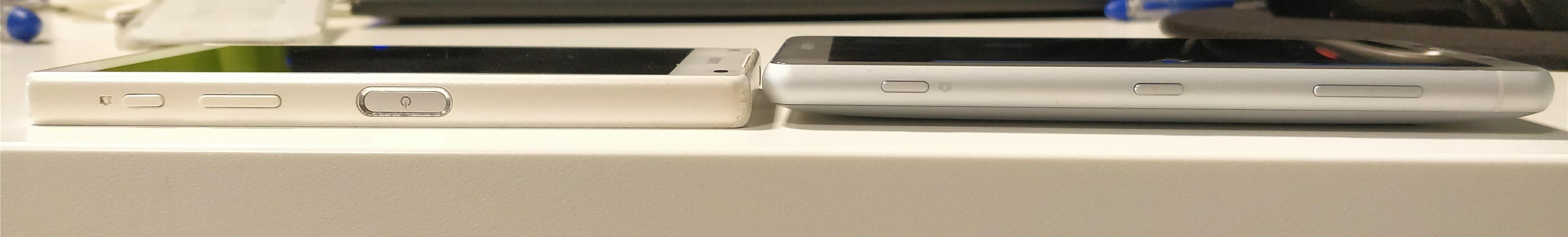 Rò rỉ thông số kỹ thuật và giá bán của bộ đôi Sony Xperia XZ2 và XZ2 Compact