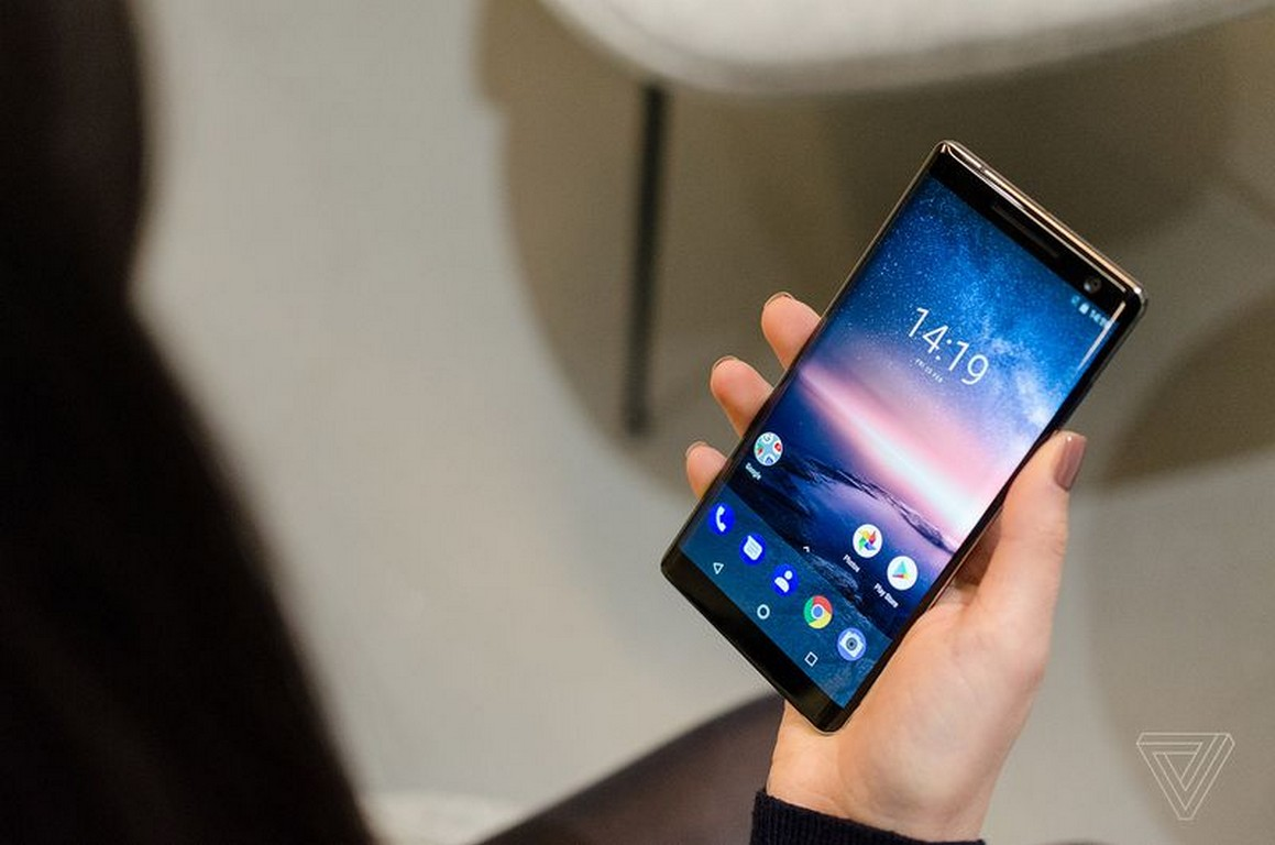 [MWC 2018] Cận cảnh Nokia 8 Sirocco phiên bản nâng cấp của Nokia 8
