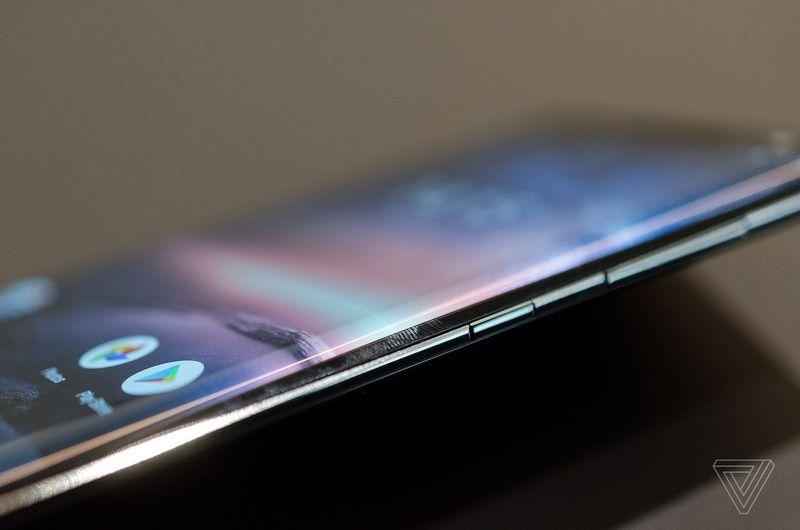 [MWC 2018] Cận cảnh Nokia 8 Sirocco phiên bản nâng cấp