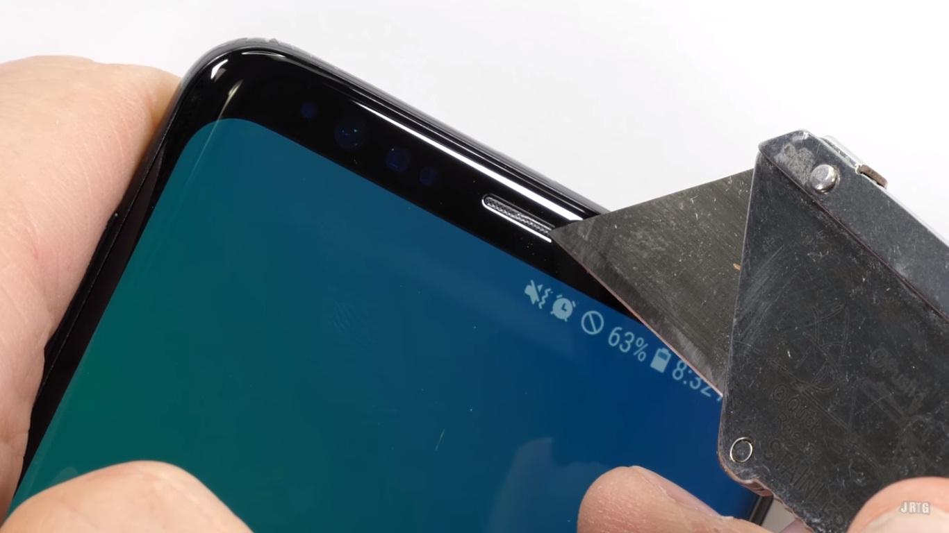 Thử nghiệm độ bền Galaxy S9/S9+: Chắc chắn với khung viền được cải tiến
