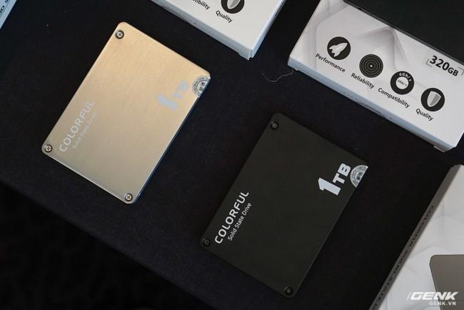 Colorful ra mắt dòng ổ cứng SSD SL300 và SL500 tại thị trường Việt Nam: dung lượng 160-640 GB tốc độ đọc/ghi 500/400 MB/s, có cả phiên bản màu hồng cá tính