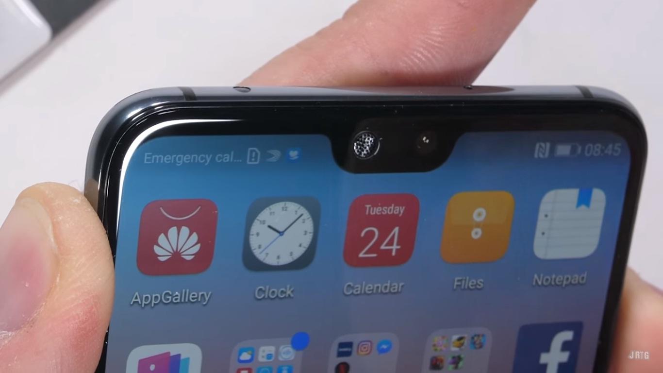 Thử nghiệm độ bền Huawei P20 Pro: dễ bị uống cong, màn hình dễ vỡ