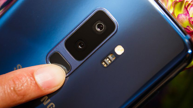 Samsung công bố thêm bằng sáng chế cảm biến vân tay tích hợp dưới màn hình, có thể sẽ ra mắt trên Galaxy Note 9