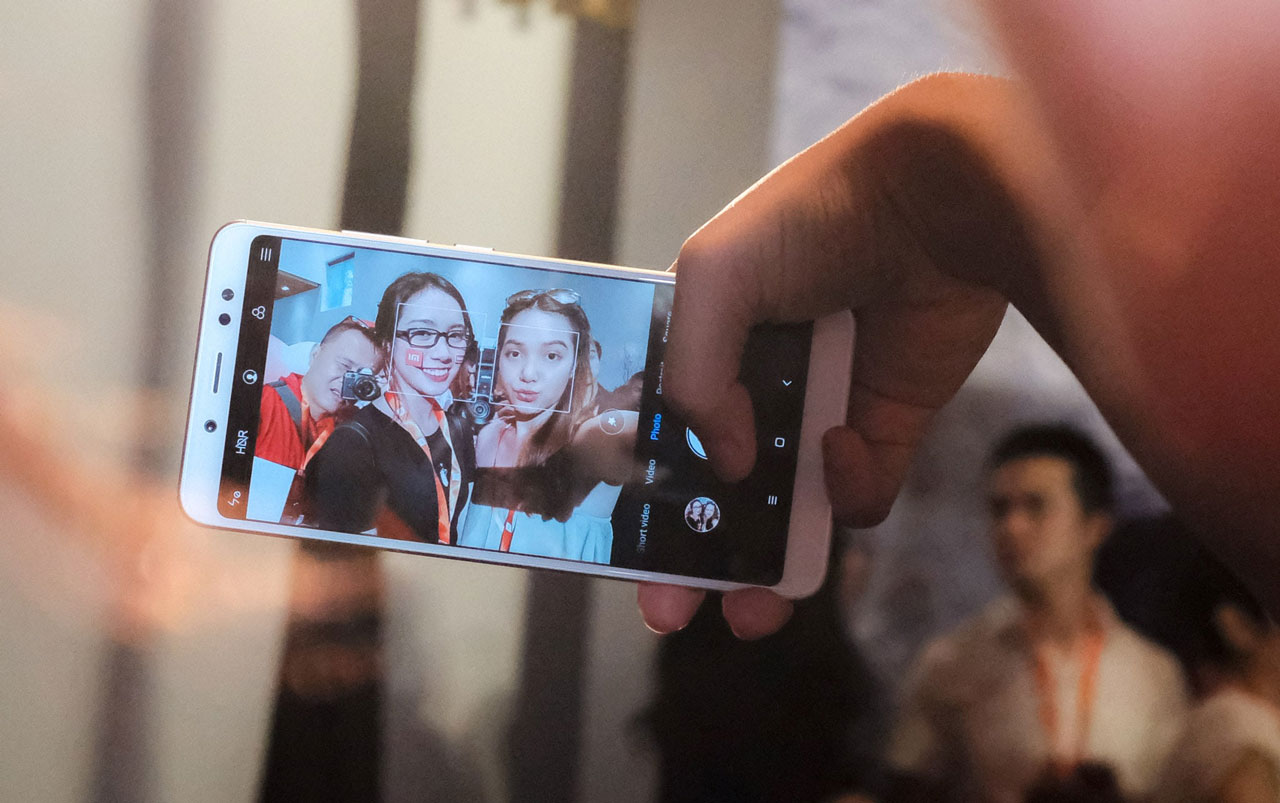 Xiaomi ra mắt Redmi Note 5 và Mi MIX 2S tại Việt Nam: Camera kép, giá từ 4,790 triệu đồng
