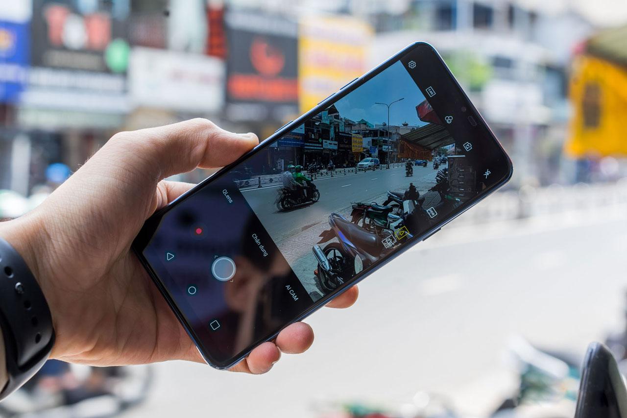 Mở hộp LG G7+ ThinQ vừa về Việt Nam, giá khoảng 19 triệu đồng