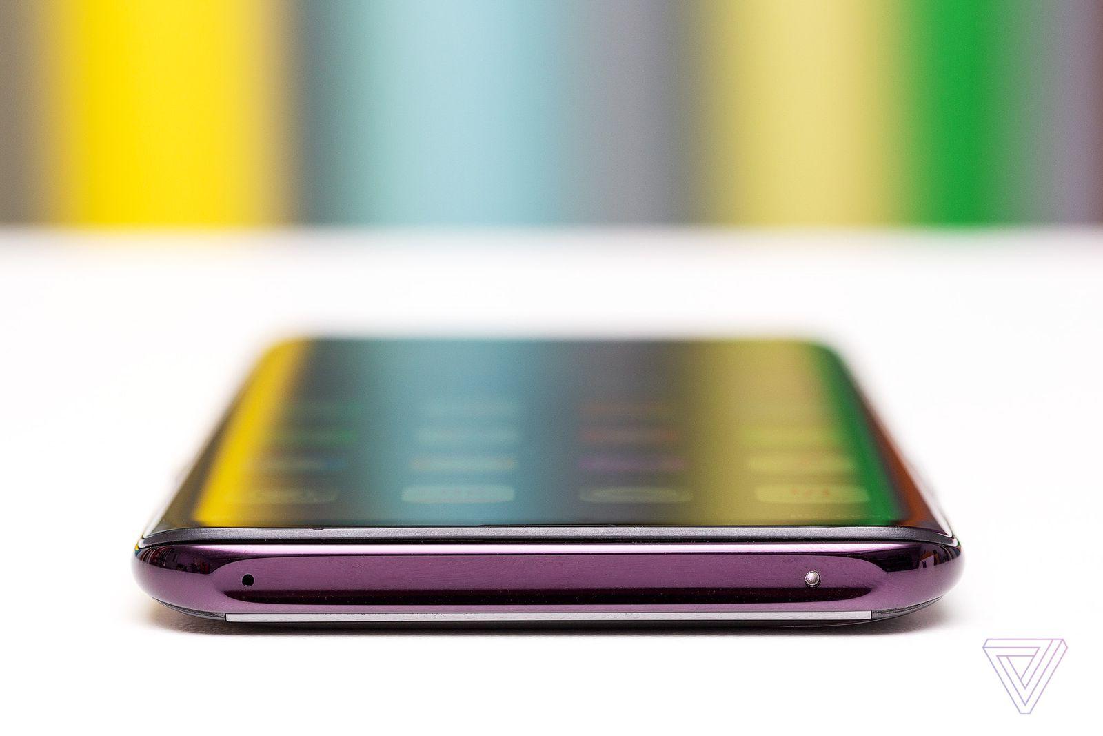 Cận cảnh OPPO Find X: với hệ thống camera ẩn hoàn toàn, Snapdragon 845, 8GB RAM