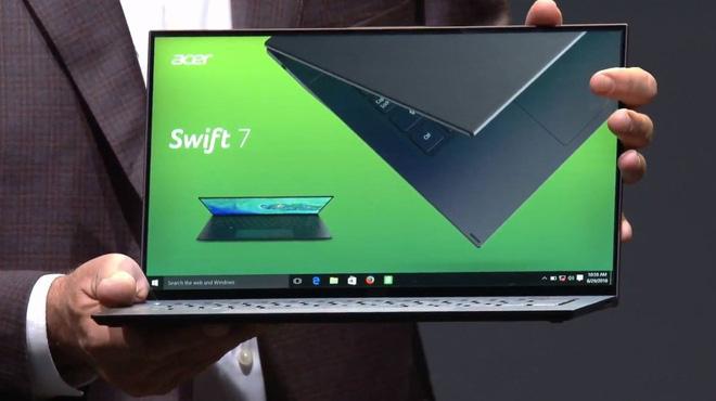 [IFA 2018] Acer công bố giá và ngày lên kệ của Swift 5 mới: Laptop 15,6 inch nhẹ nhất thế giới