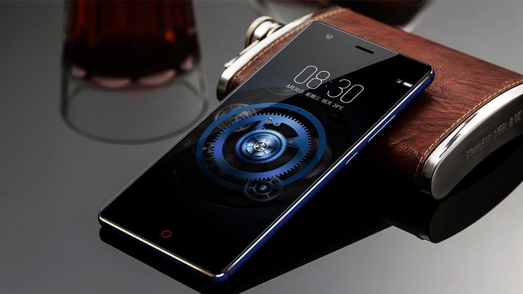 Chia sẻ bộ ảnh nền mặc định trên Samsung Galaxy J7 Max, OPPO A3s, ZTE Nubia Z17, Gionee S6S...