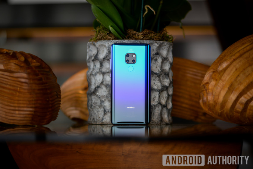 Huawei Mate 20 chính thức được ra mắt với chip Kirin 980, 6GB RAM, 3 camera ấn tượng, giá 21 triệu
