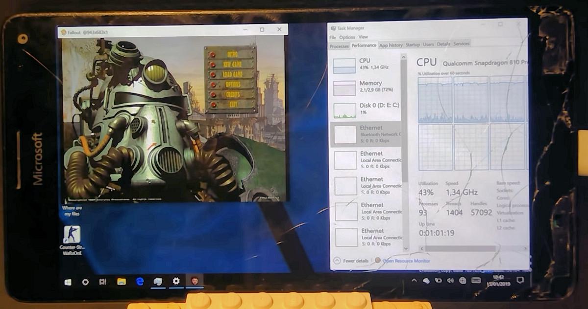 Đã có thể cài thành công Windows 10 ARM và chơi Fallout trên chiếc Lumia 950 XL