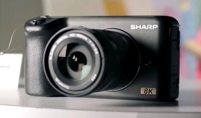 Sharp sắp sản xuất mirrorless 8K nhưng giá của nó không hề rẻ chút nào, lên tới 5000 USD?
