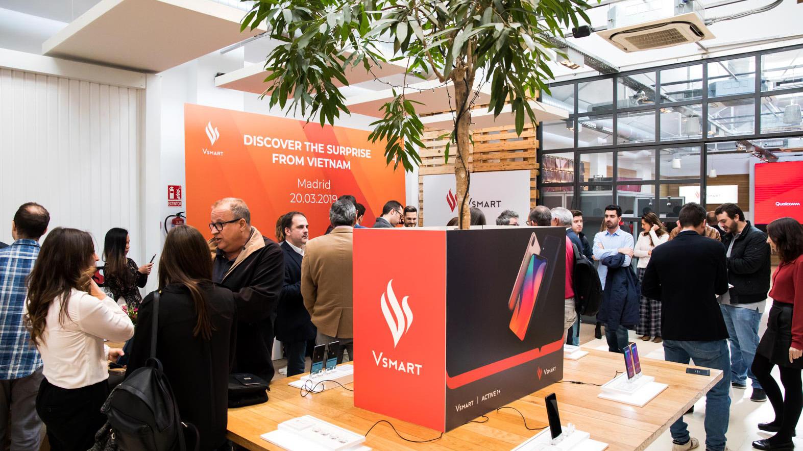 Smartphone VinSmart chính thức bước ra thế giới với thị trường đầu tiên là Tây Ban Nha