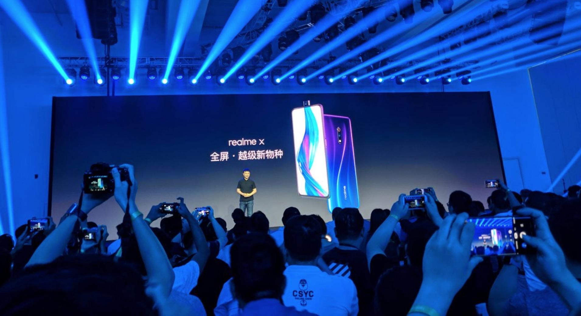 Realme X chính thức ra mắt: Chip Snapdragon 710, vân tay trong màn hình, camera thò thụt, giá từ 3.9 triệu