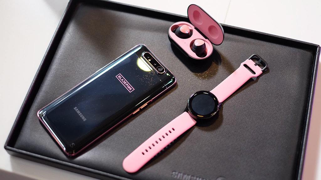 Cận cảnh Samsung Galaxy A80 phiên bản BLACKPINK Edition: Sự kết hợp giữa hai tông màu Đen và Hồng