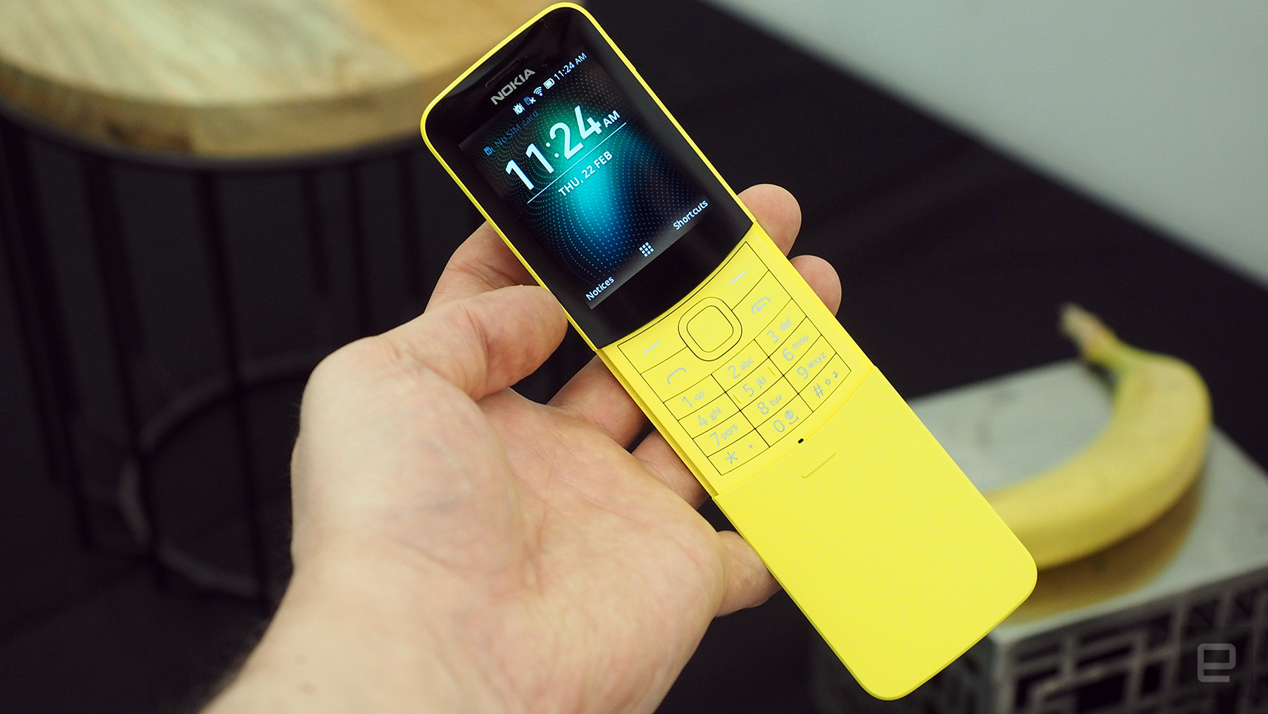 Nokia 8110 4G đang giảm giá chỉ còn 660.000 VND, nhanh tay kẻo hết