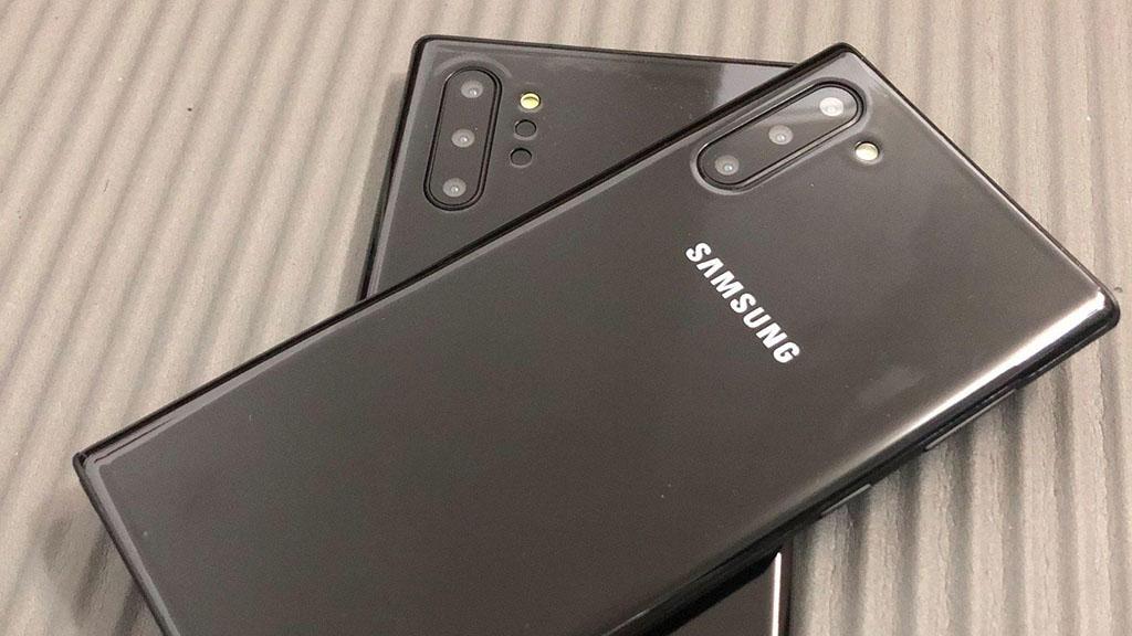 Ảnh thực tế và video mô hình Galaxy Note 10/Note 10+: Thiết kế vuông vứt nam tính hơn Galaxy S10