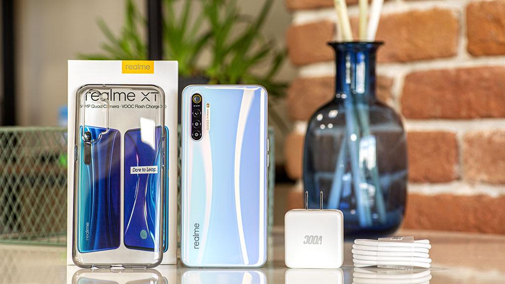 Realme XT chính thức ra mắt với Snapdragon 712, camera chính 64MP, 4 camera sau, giá từ 5.2 triệu