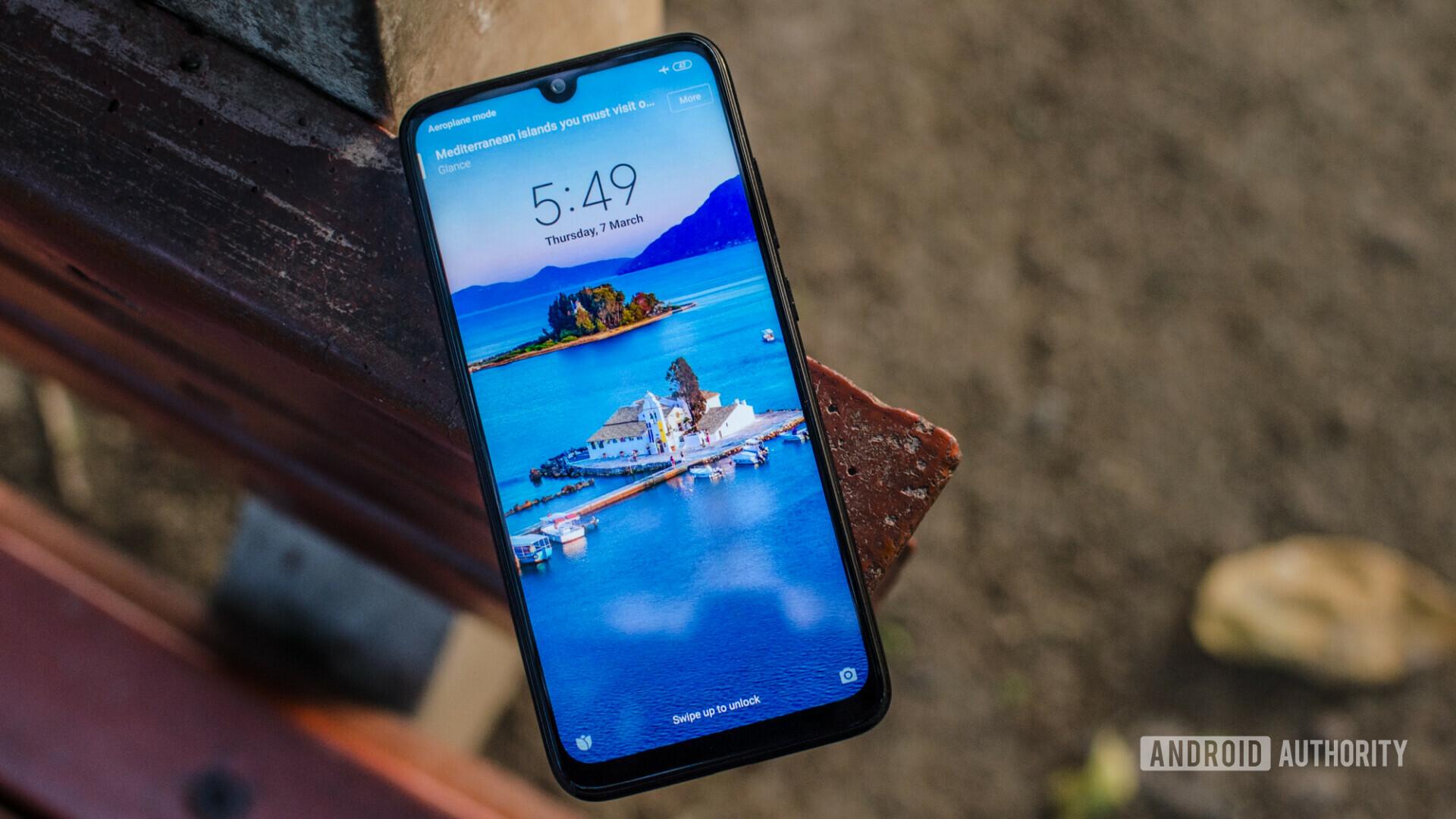 Redmi 8 lộ thông số cấu hình với Snapdragon 439, màn hình giọt nước 6.21 inch, camera kép