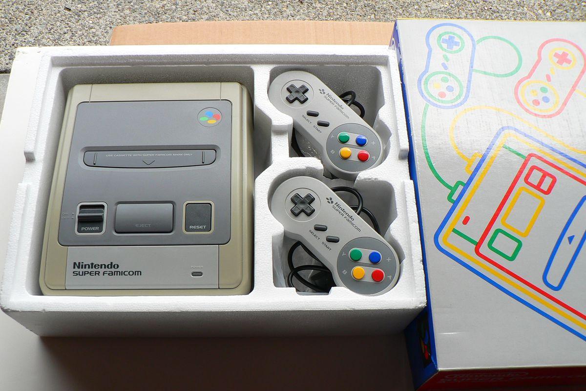 Mở hộp Nintendo Super Famicom Classic Mini: Khi vé về tuổi thơ chỉ tốn hơn 2 triệu đồng