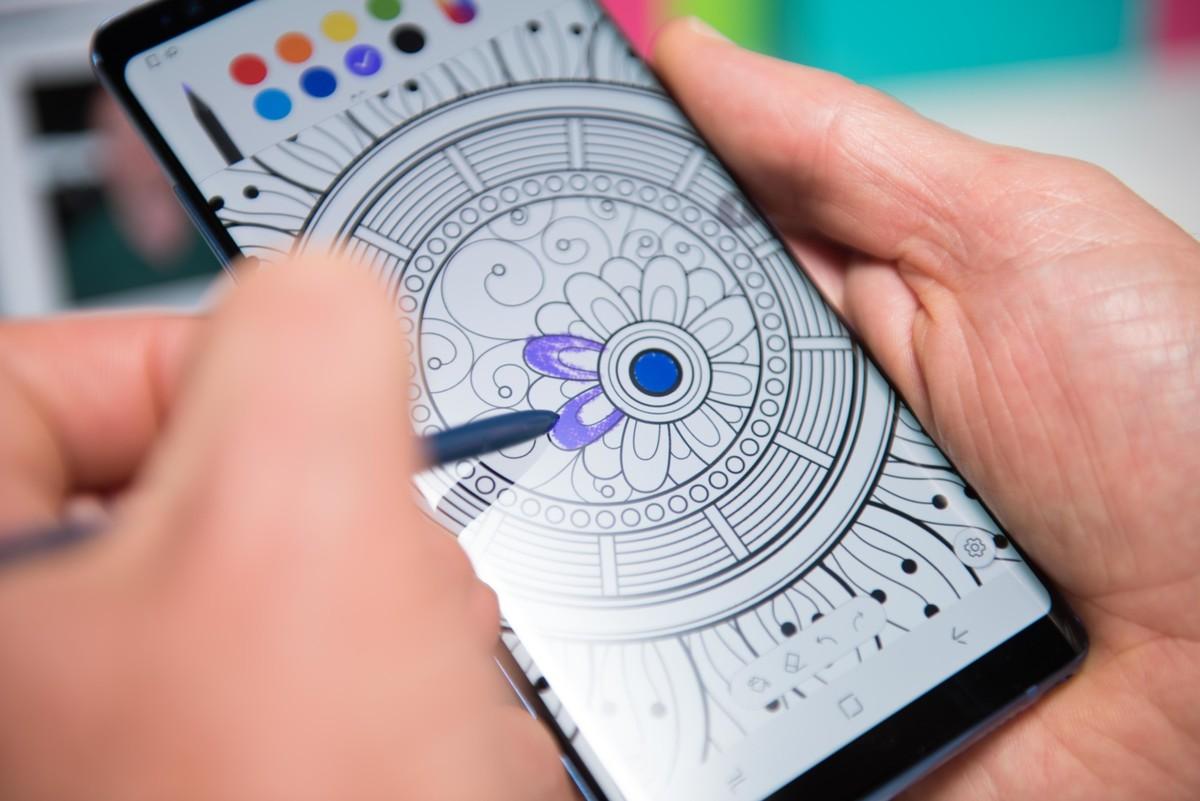 Một số người dùng Galaxy Note 8 bất ngờ nhận được bản cập nhật Android 8.0