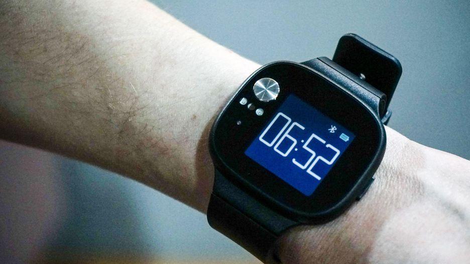 [Computex 2018] ASUS chính thức ra mắt VivoWatch BP, smartwatch đầu tiên có khả năng theo dõi huyết áp người dùng, giá chỉ 169 USD