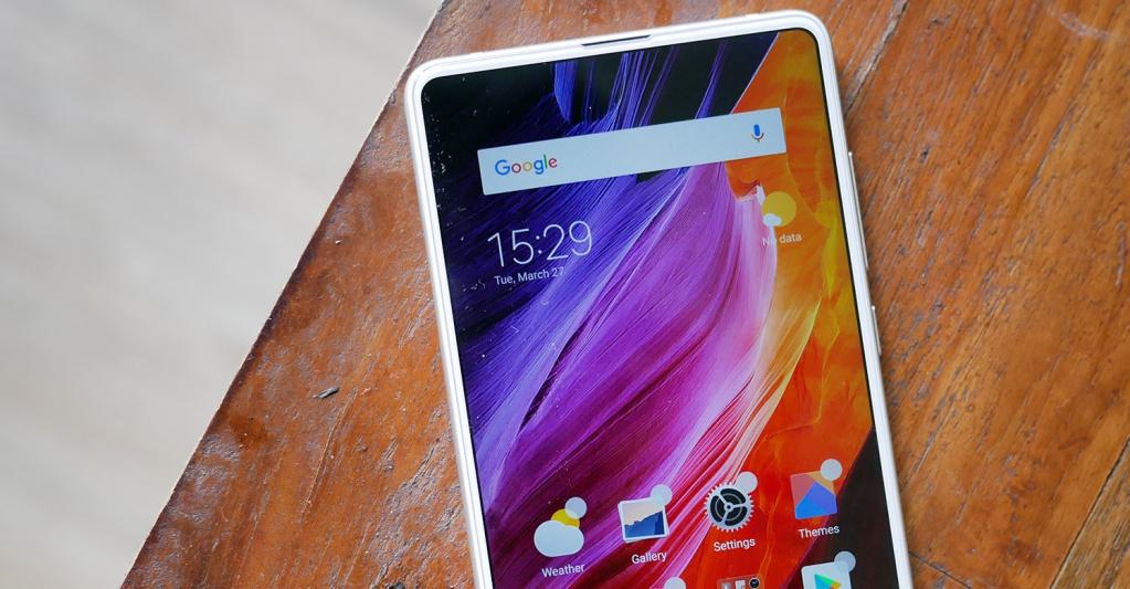 Xiaomi Mi MIX 3 tiếp tục lộ ảnh với cạnh dưới đã bị loại bỏ