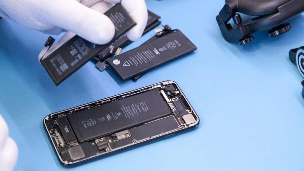 Bắt đầu từ năm 2019, Apple sẽ nâng giá thay pin iPhone cũ từ 29 USD lên 69 USD