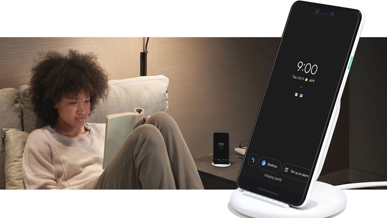 Google Pixel Stand: Đế sạc không dây, biến Pixel 3 thành trợ lý thông minh trong nhà, giá 79 USD