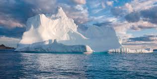 Cuộc sống đảo lộn ở Nam Cực: vi khuẩn cũng chết cóng, cư dân không được đi tiểu trong lúc tắm