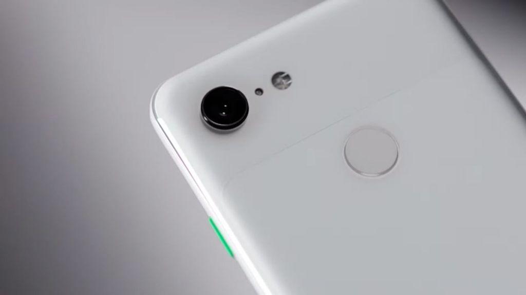 Google Pixel 3 Lite và Pixel 3 Lite XL lộ diện thông qua video render với thiết kế màn hình không tai thỏ, viền siêu dày