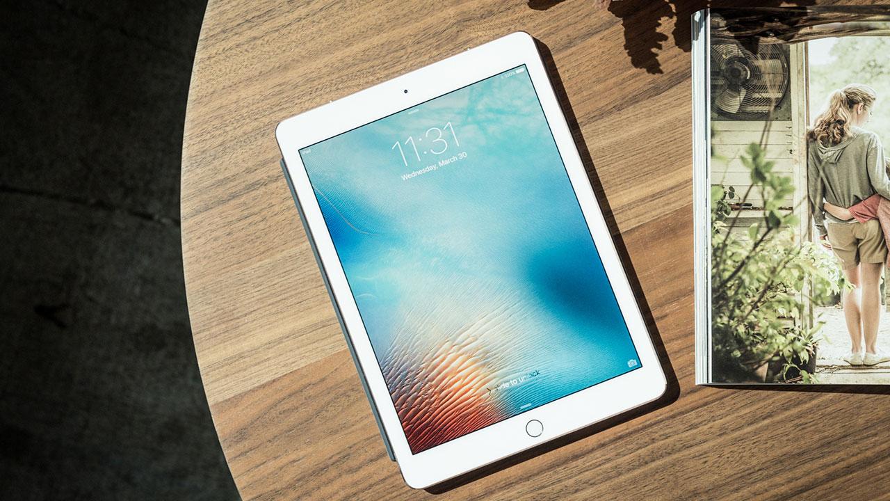 Màn hình iPad Pro 10.5 inch và 12.9 inch 2017 xuất hiện điểm sáng bất thường, Apple tính phí sửa lên tới 14 triệu