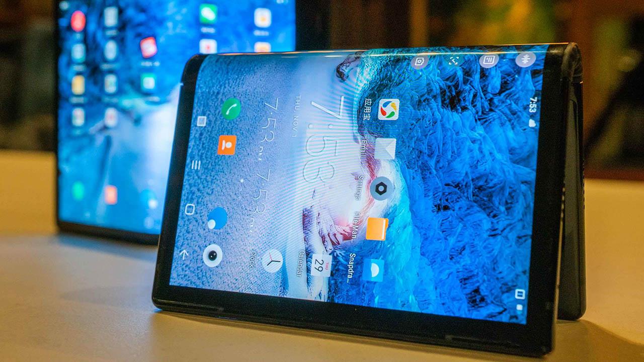 [CES 2019] Royole FlexPai chiếc điện thoại màn hình gập đầu tiên chính thức được trình làng