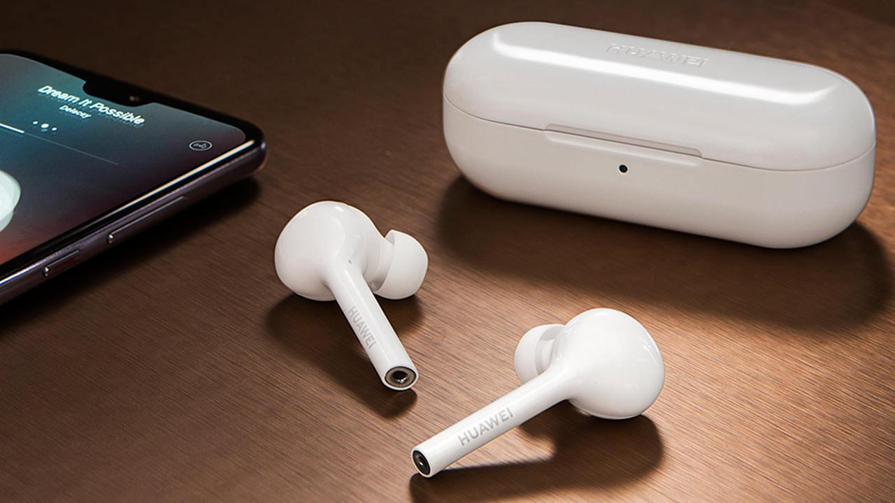 Huawei trình làng tai nghe không dây FreeBuds Lite, bản sao của Apple AirPods 2