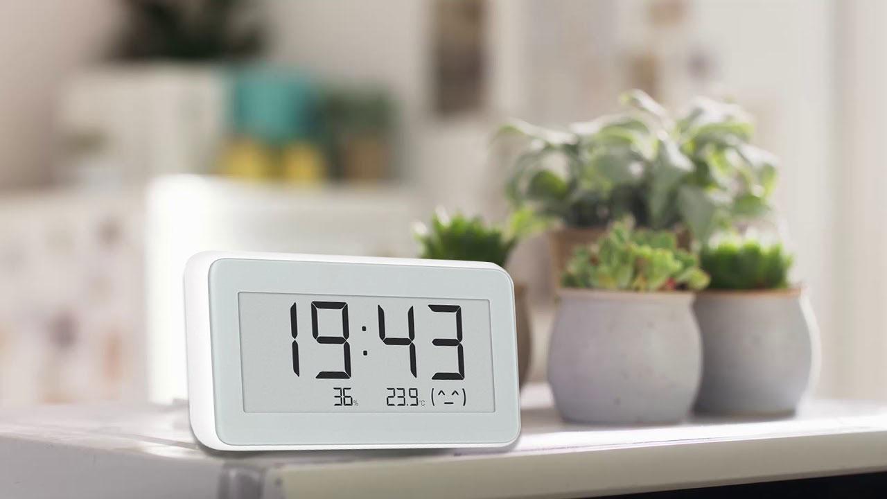 Xiaomi ra mắt đồng hồ để bàn kiêm nhiệt ẩm kế với tên gọi MIJIA Smart Digital Clock, giá 275.000 đồng