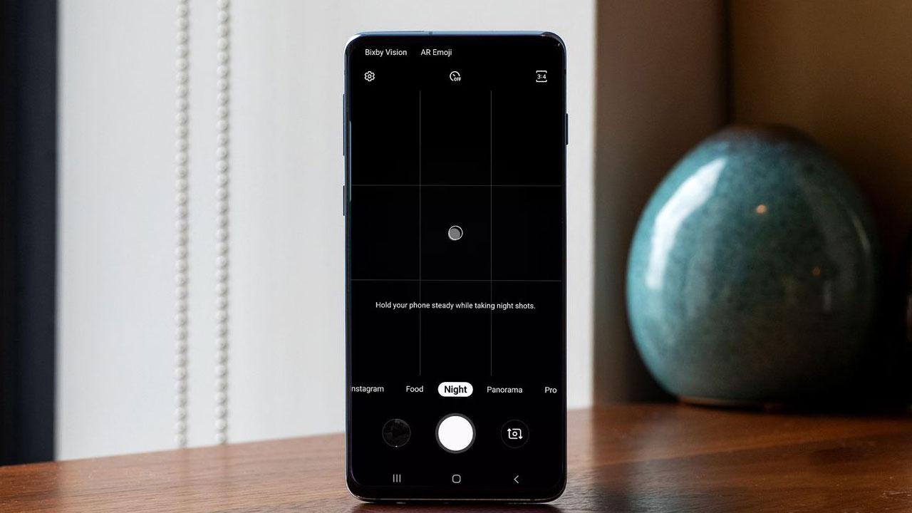 Samsung cập nhật chế độ Night Mode trên bộ đôi Galaxy S10/S10+ tại Việt Nam