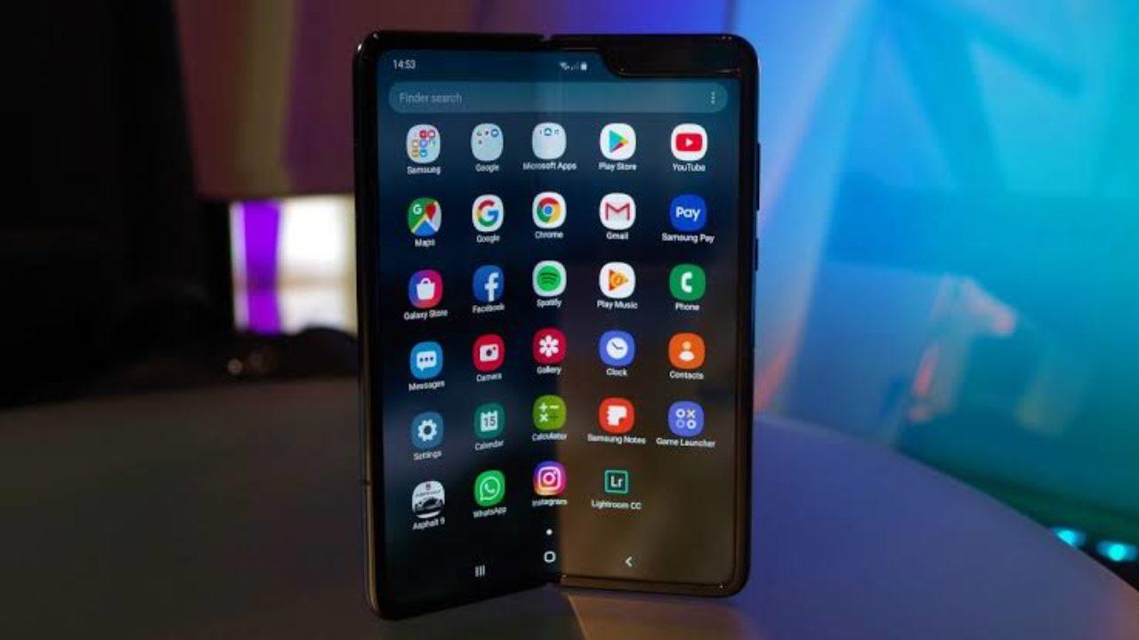 Samsung hoãn ra mắt smartphone màn hình gập Galaxy Fold tại Trung Quốc