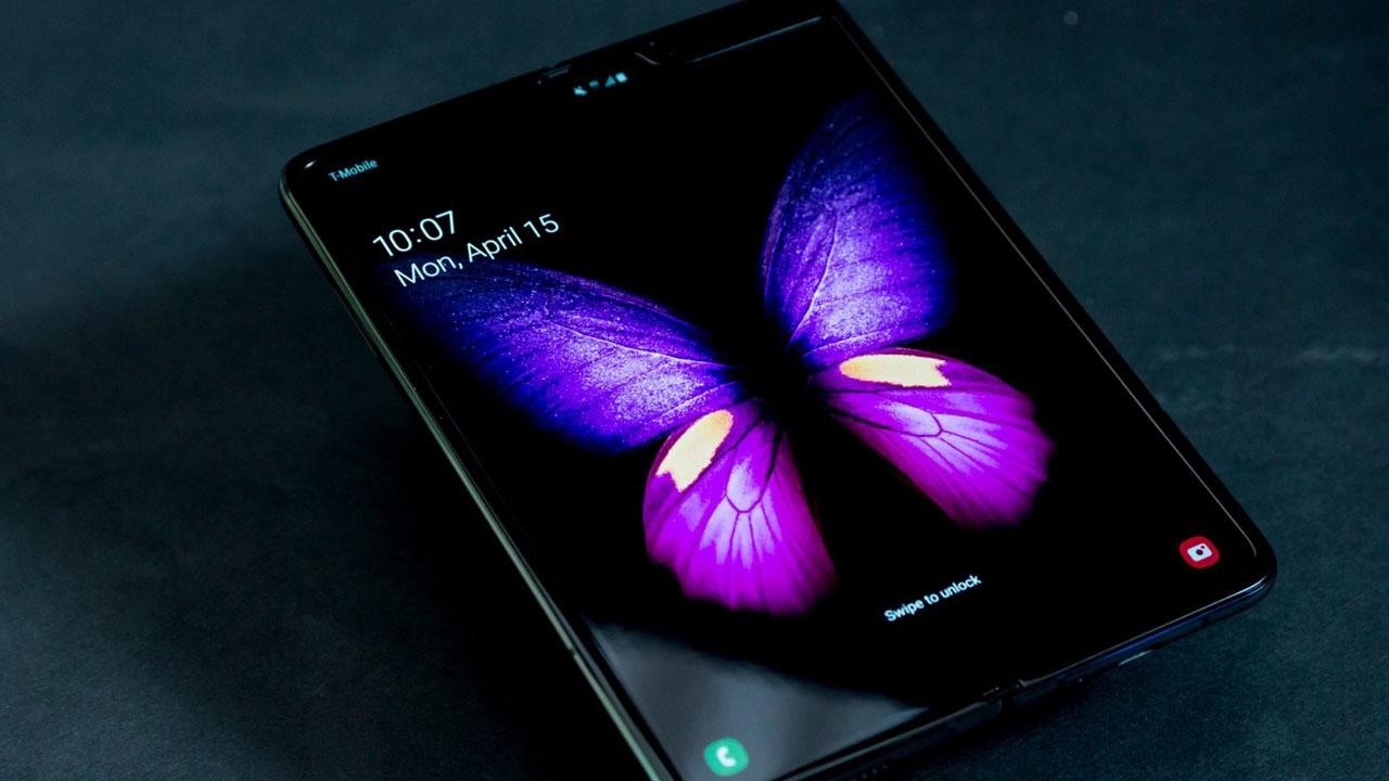Samsung chính thức lùi ngày ra mắt Galaxy Fold để fix lỗi màn hình dễ bị hỏng