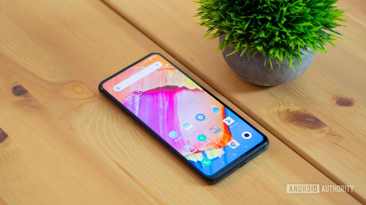 Lộ bằng sáng chế smartphone với camera selfie ẩn dưới màn hình của Xiaomi