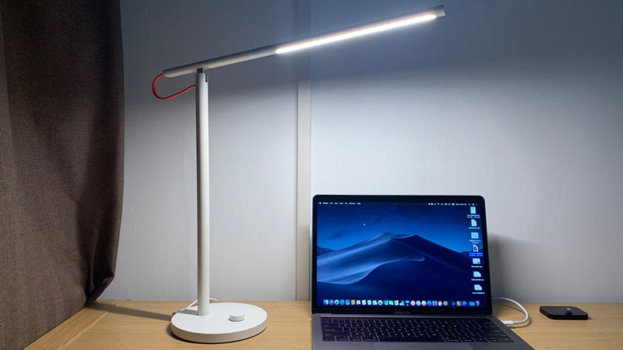 Xiaomi ra mắt đèn bàn thông minh Mi Table Lamp 1S, có thể kết nối Apple HomeKit, hỗ trợ XiaoAI, giá 605K