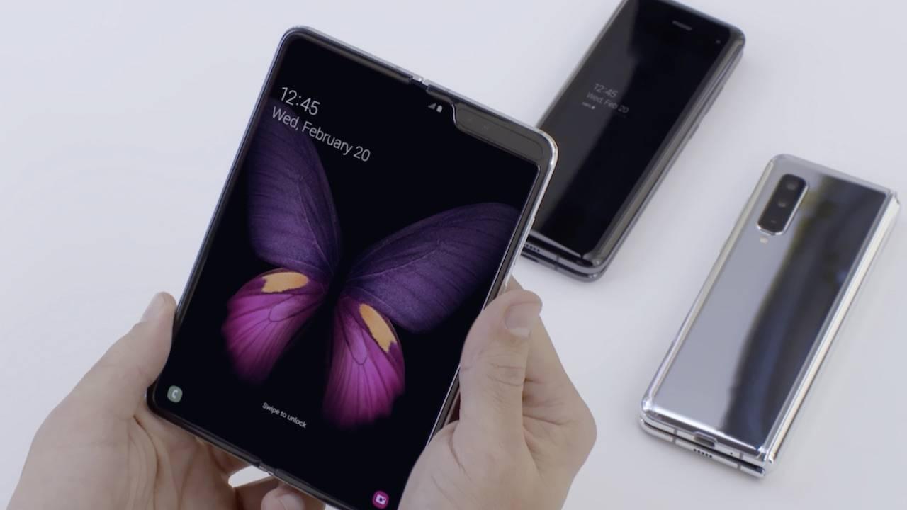 Samsung đang phát triển Galaxy Fold thế hệ tiếp theo với màn hình lớn hơn, kèm bút S-Pen