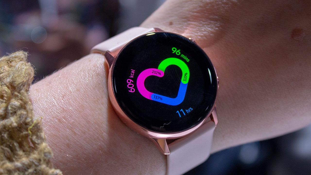 Galaxy Watch Active 2 sẽ được trang bị những tính năng mà Apple Watch Series 4 có từ lâu